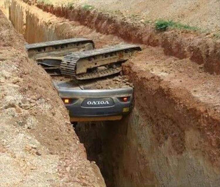construction-fail-fall-hole-15773.jpg