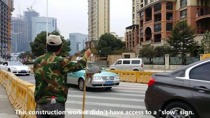 turtle-slow-sign-construction-57582.jpg