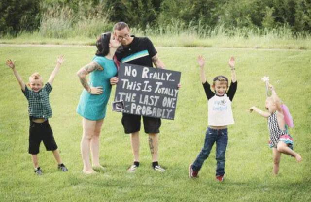 hilarious-pregnancy-announcements-00-67536-21324.jpg