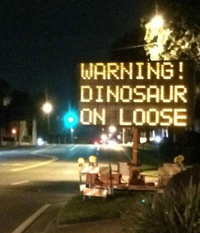 dinosaur-on-loose-blur-44552