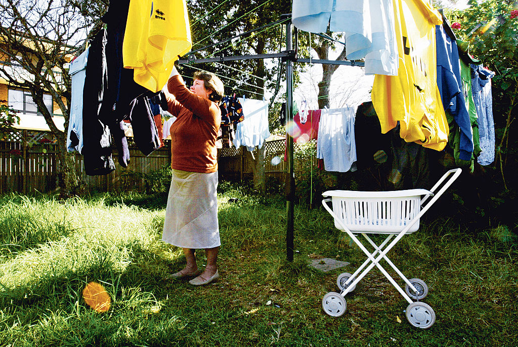Lie-Drying Laundry Is A Big No-No