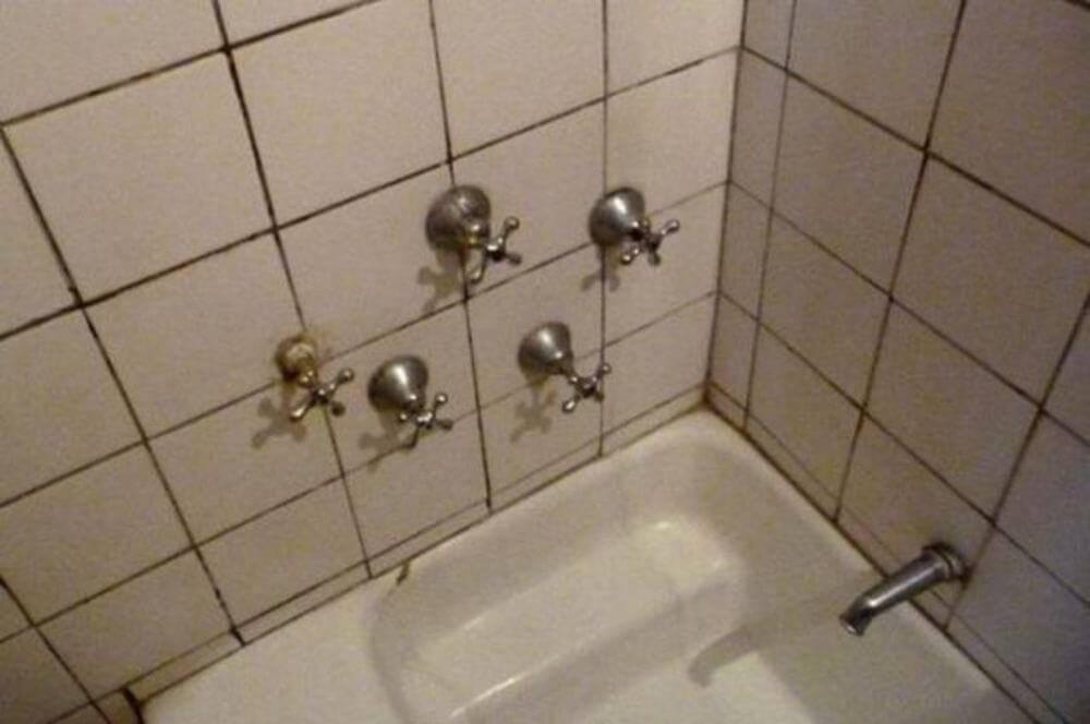 shower-faucets-friends-house-98158