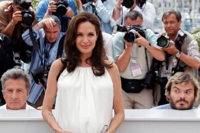 If You Have The Opportunity, You Photobomb Angelina Jolie