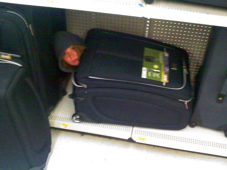 testing the suitcase