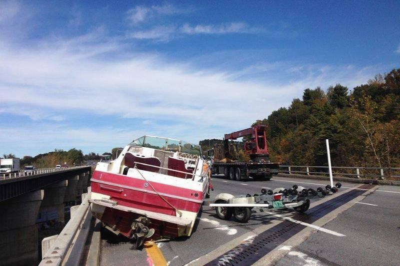 boat-fail-18-68464