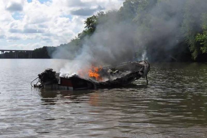 boat-fail-3-94277