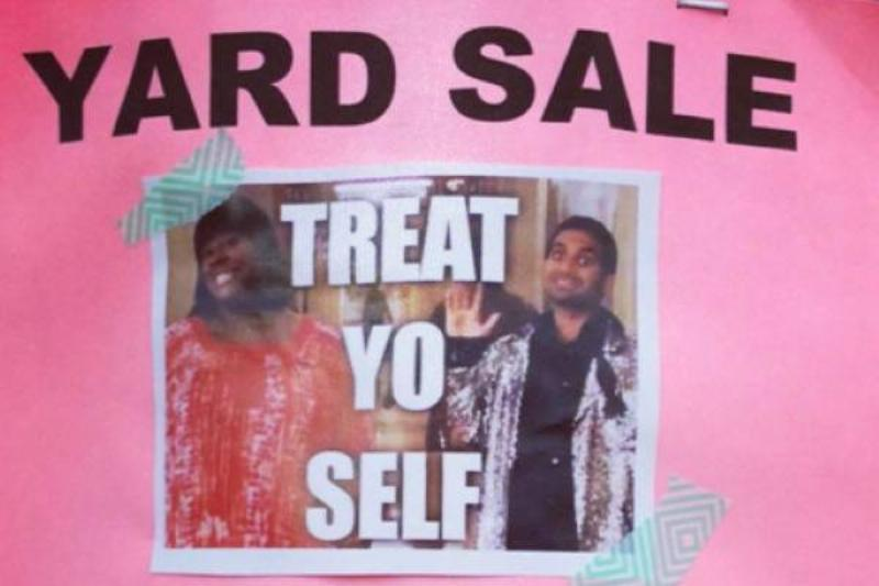15 of the Funniest Yard Sale Signs found on Instagram! - Garage Sale Blog