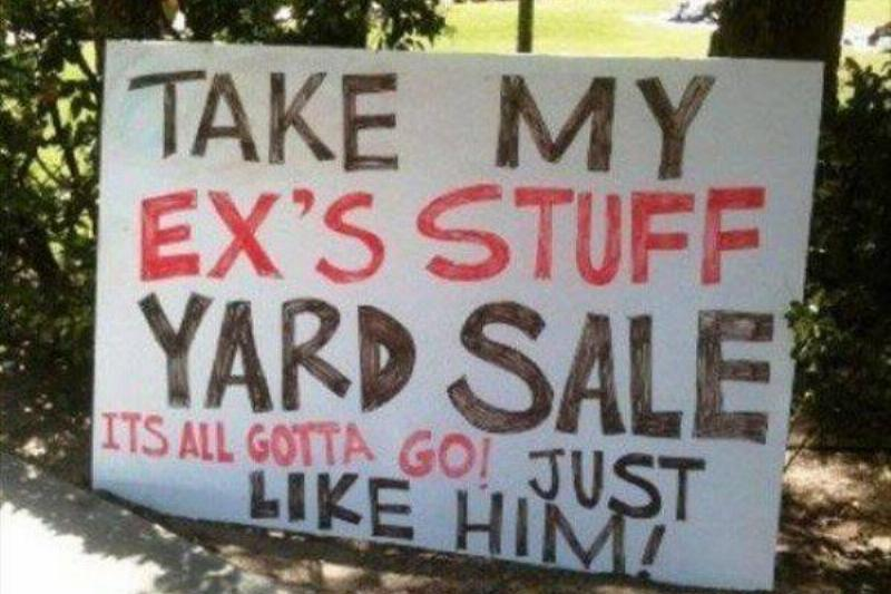 16 Garage Sale Signs You Will See This Year (16 Photos)