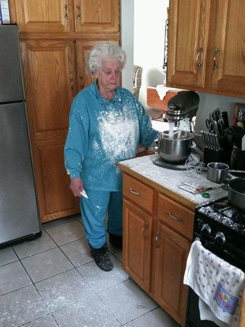 clueless-older-people-fails-365-611a4741e614a__700
